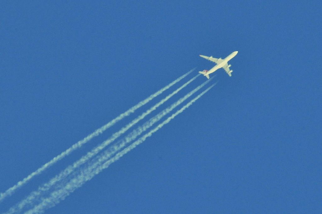 How to spot a conspiracy theory: Contrails