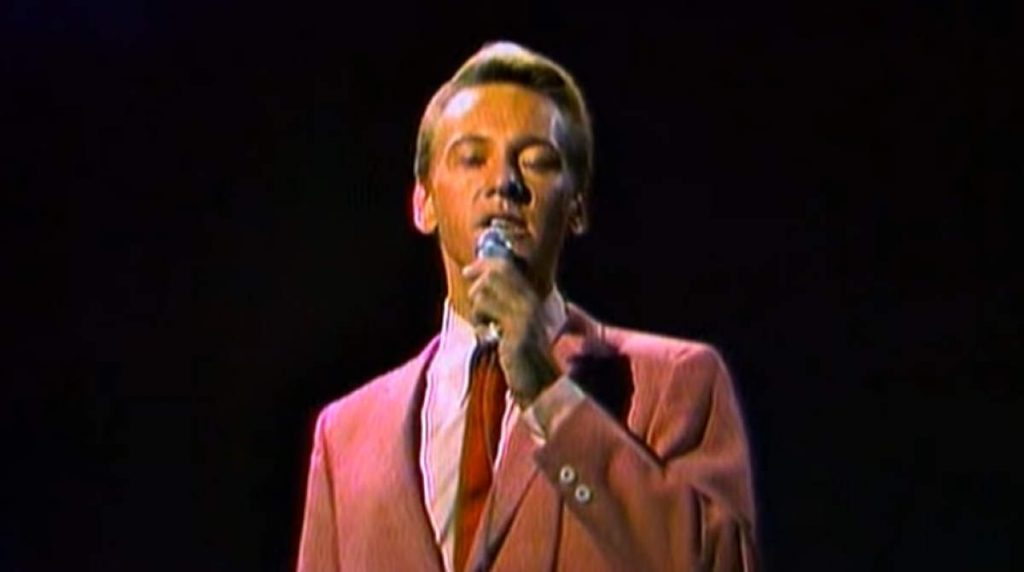 The Righteous Brothers perform Unchained Melody