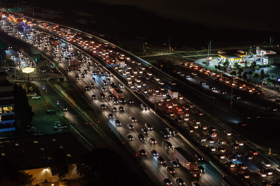 Traffic jam. Can a 4-day work week save the planet?
